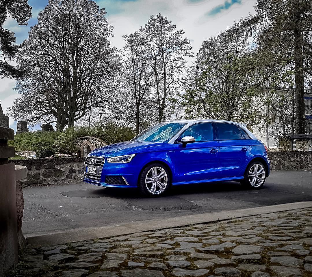Eastern is BLUE…the S1✌️#audi #audis1 #s1sportback #Roadtrip #audis1quattro #pocketrocket #automanntv #automannsgarage