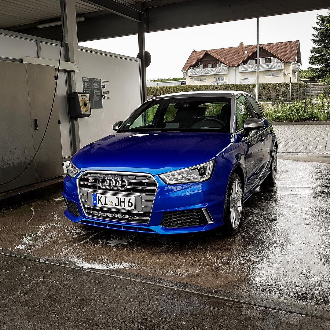 Time For A Carwash Audi Audis Audisquattro Squattro S - Audi car wash