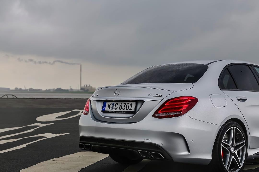 Ab heute ist wieder Mercedes-AMG angesagt☝️ Wir sind auf dem Weg in die Schweiz um eines der neuesten AMG Modelle zu fahren…Mann bin bin gespannt😱 Hier noch ein Shot von unserem neuen C63s…Mörder Teil! @mercedesbenz_de #mercedesamg #mercedesbenz #mattesilver #c63amgs #