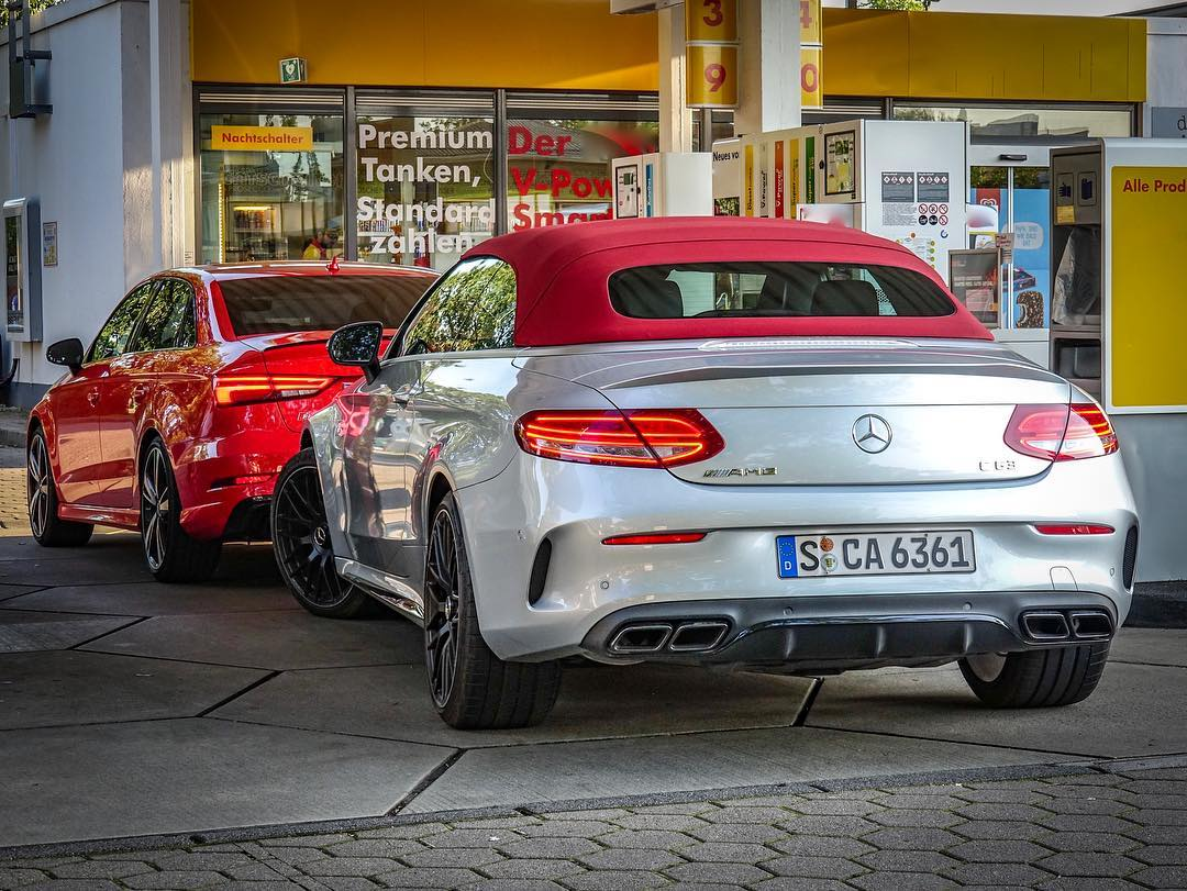 AMTV Sunday Roadtrip…the usual hustle once the horses see water😅😎 #mercedesamg #mercedesc63amg #c63 #c63cabrio #rs3 #rs3limousine #rs3sedan #audirs #audirs3 #automanntv #roadtrip