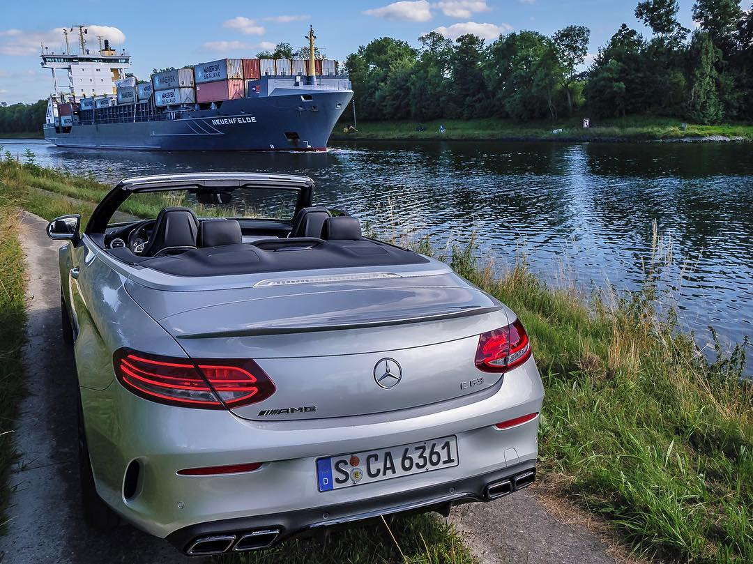 the yacht the ship c63 roadtrip brings us closer to water mercedesbenz de mercedesamg c63. Black Bedroom Furniture Sets. Home Design Ideas