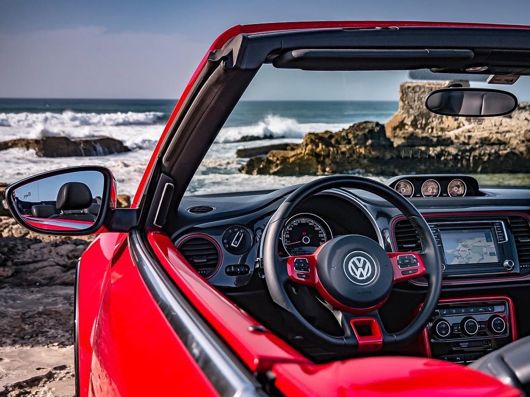 Feierabend….und einmal schnell ans Meer☺️ Please Relax Guys & Girls🙏 @volkswagen_de @volkswagen #vw #beetle #newbeetle #vwkaefer #kaefer #beetlecabrio #beetlerline #coast #relax #automanntv