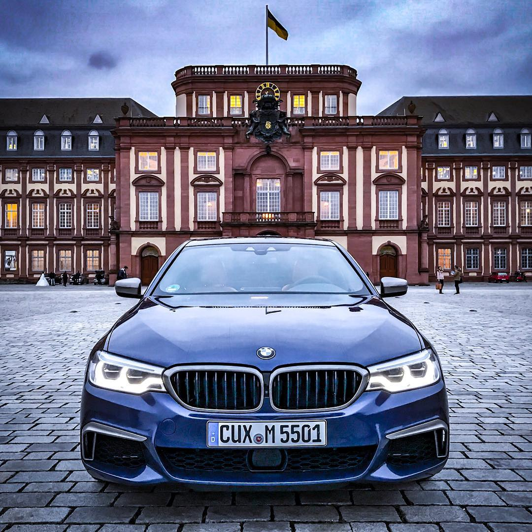 Back in Mannheim🤩…Majestic cars need special surroundings👌 #bmw #bmwm #m550 #m550ixdrive #bmwm550i #m550d #mperformance #5series #bmw5er #bmw5series #5seriesg30 #automanntv #automannsgarage #mannheim