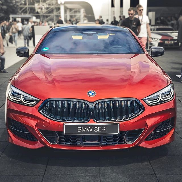 🤔Should we start saving our money for this awesome 8-series? Not sure it will be enough😅…but still, this thing is growing on me more & more👌 @bmwm @bmw #8series #8seriesbmw #bmwm #bmwm8 #bmw8er #m850i #840d #automanntv