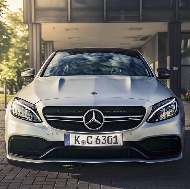 This week is C63 week🤘…we'll be driving the new C63 Mopf this weekend and are also enjoying the sunny weather with our current C63😎…should we upgrade? Does it still sound as good? We are going to find out for you🤩 @mercedesamg @mercedesbenz_de #amg #c63s #c63scoupe #c63amg #automanntv #automannsgarage #cologne