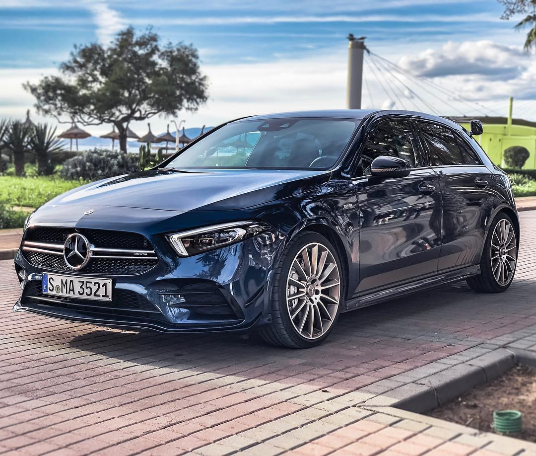 """Wohoo🙌…finally we got the pure SOUND out on YouTube🤙…and we can now show you how the """"LOUD Start-Up"""" mode works😬 @mercedesamg @mercedesbenz_de #mercedesamg #a35 #a35amg #amg #edition1 #a45edition1 #denimblue #mallorca #automanntv"""