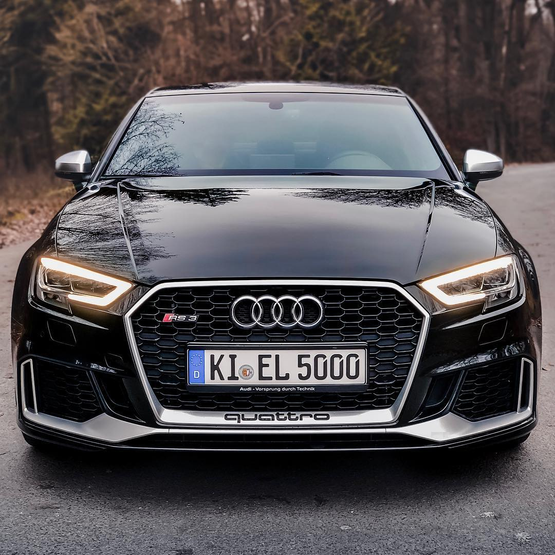A life without an RS3 5-Cylinder is possible…but absolutely pointless😜…full 0-270 km/h Launch Control video Link now in Bio☝️ @audi_de @audisport #Audi rs#audi #audisport #rs3 #rs3limousine #rs3sedan #rs38v #pantherschwarz #pantherblack #blackbeauty #blackpanther #automannsgarage #automanntv
