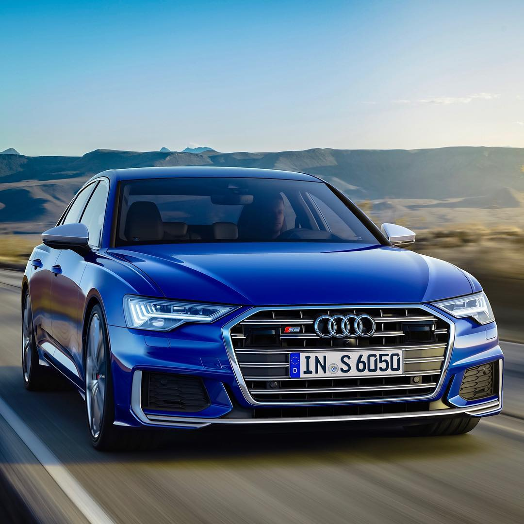"""A U D I  S 6朗…V6 + e-Turbo…but wait, this is the Diesel version樂…350hp & 700Nm is perfect for long Autobahn cruises & reasonable TCO! But does this live up to the """"S-Model"""" spirit? What are your thoughts? Photo by @audi_de #audi #audis6 #audis6avant #s6 #s6limo #s6avant #automanntv"""