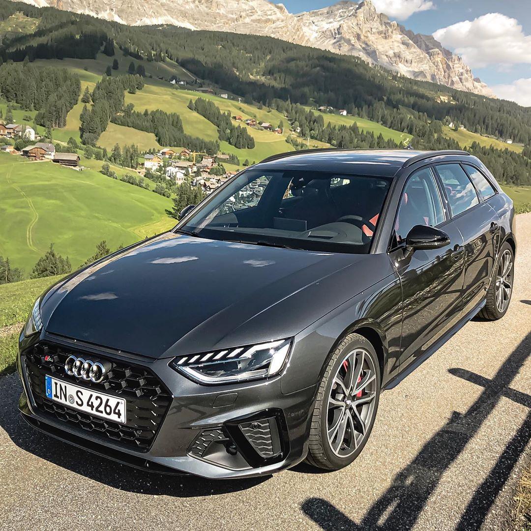 Italy or Austria樂….despite this discussion & the E-Turbo talk it's a beautiful landscape and a great car #audi #audis4 #audis4b9 #audis4avant #s4facelift #s4 #s4avant #automanntv #s4tdi
