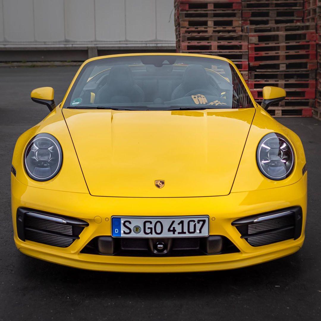 P O R S C H E  9 9 2 🤩@porsche_newsroom #porsche #porsche911 #porsche992 #porsche992cabriolet #911 #992 #carrera #automanntv