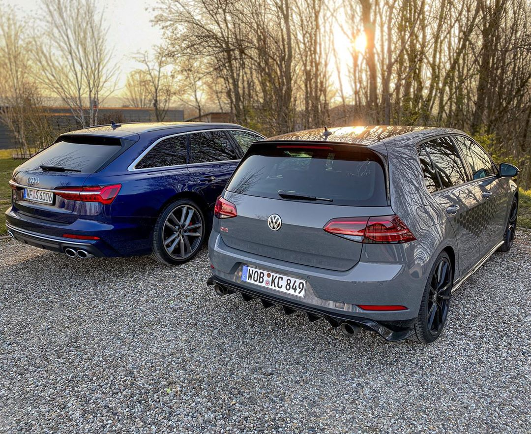 Might not be the loudest exhaust ever fittet to a GTI but I do think it's the best & most thrilling GTI stock exhaust sound which ever left the factory🤷♂️….that fact alone in times of OPFs and 2020 WLTPs is great👊👍 @volkswagen_de #volkswagen #golfgti #golfgtitcr #akrapovic #akrapovicexhaust #tcrakrapovic #gti #gtitcr #golf7gti #gticlubsport #automanntv