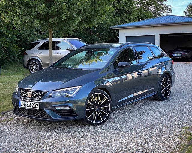 CUPRA 300 ST👊…with all those exclusive test cars you sometimes forget that a CUPRA 300 has everything that you need to make your day special☝️🧐 #cupra #cupra300 #cupra300st #cupra290 #cupra280 #cuprast #automanntv