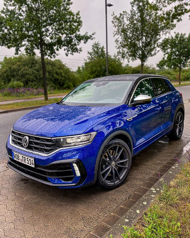 Looks stunning even in the rain & yes I had a lot of fun with this .:R today👊…video is also out on YouTube so you get a glimpse at the full Autobahn performance🏁 #troc #trocr #trocrline #vwtroc #vwtroc #volkswagen  #automanntv #akrapovic #beautifullystrong